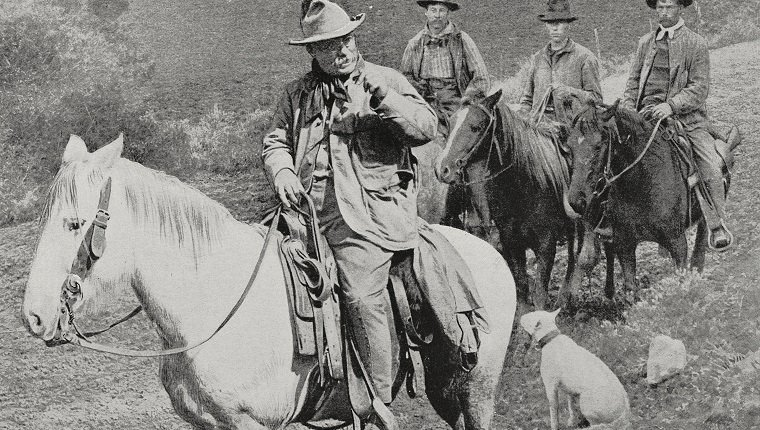 President Theodore Roosevelt engaged in bear hunting in Colorado, United States of America, photo from L'Illustration, No 3251, June 17, 1905.